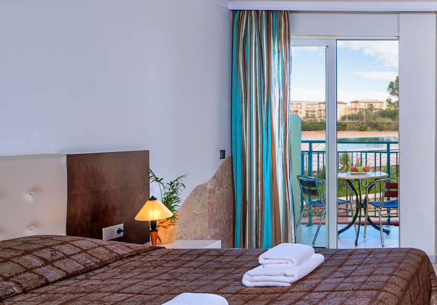 Eliors Mare pool view room www.travelescapes.ie