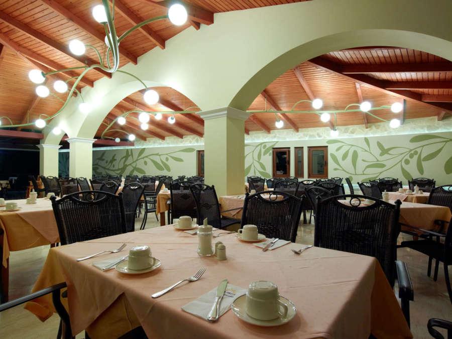 Eliors Mare restaurant www.travelescapes.ie
