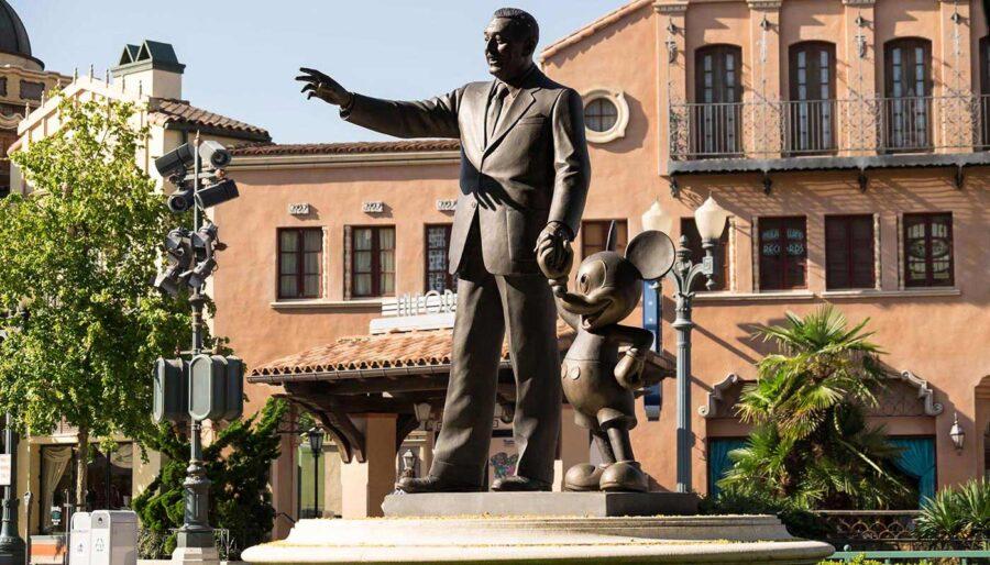 Walt Disney Studios® Immerse yourself into Walt Disney Studios with the amazing worlds of Disney and Pixar